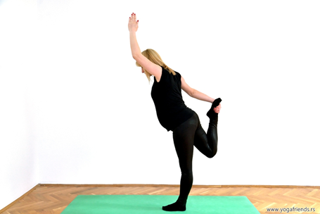 yogai-trudnica-vezba-balansa–sivin-ples