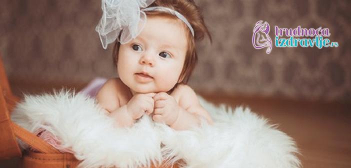 Ginekolog akušer član stručnog tima portala Trudnoća i zdravlje o svim fazama koje prolazi porodilja pri prirodnom porodjaju .