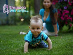 moja-beba-sedi-kako-beba-treba-da-savlada-sedenje-greske-koje-ne-treba-praviti-clanak-3