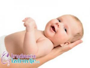 sta-ume-beba-u-prvom-a-sta-u-trecem-mesecu-zivota-i-sta-raditi-sa-bebom-clanak-2