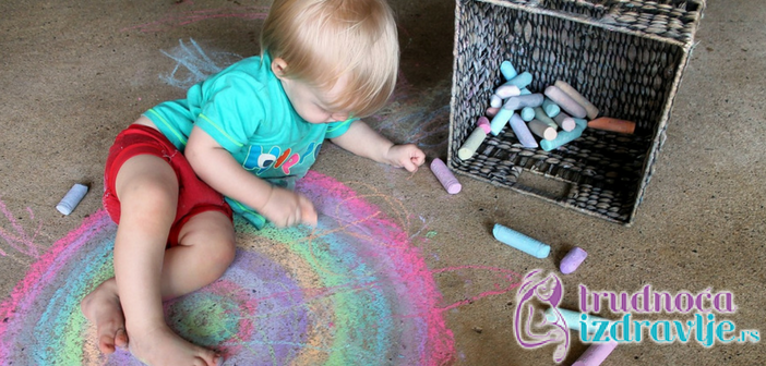 znacaj-igre-u-razvoju-deteta-od-prve-do-druge-godine