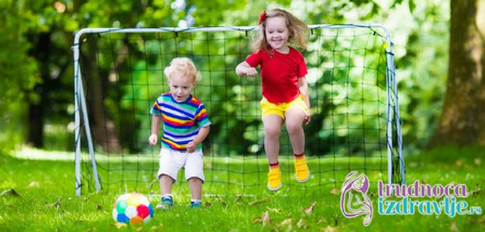 psihomotorni-razvoj-2-godina-sta-ume-dete-u-drugoj-godini