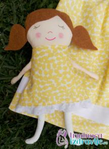 Dete u igri sa lutkama i knjigama razvija kognitivne, motoričke, socijalne idruge veštine, defektolog logoped stručnjak portala Trudnoća i zdravlje.