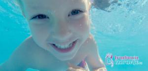 Defektolog somatoped, član stručnog tima portala Trudnoća i zdravlje o pozitivnim uticajima plivanja na psihomotorni razvoj i razvoj socijalnih veština dece.