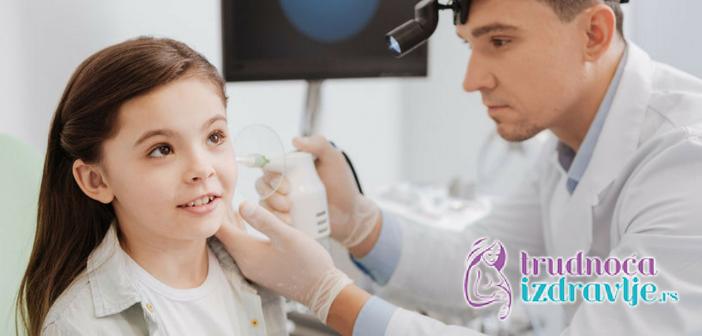 Pedijatar otorinolaringolog član stručnog tima portala Trudnoća i zdravlje o problemu upale srednjeg uva kod dece, kako se leči i oporavak.