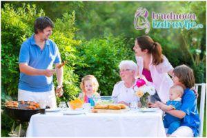 Šta roditelji treba da rade kada  bake i deke misle drugačije o vaspitanju deteta?