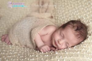 """Kako se sve uspavljuju bebe? """"La Pauza"""" je šaljiv naziv, za naviku francuskih roditelja da naprave pauzu, pre nego što uzmu uplakanu bebu u naručje."""