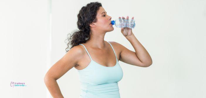Koliko je vode optimalno? Kada se pije Voda? Temperatura Vode i Zdravlje, i Poseban Savet za Putovanja!