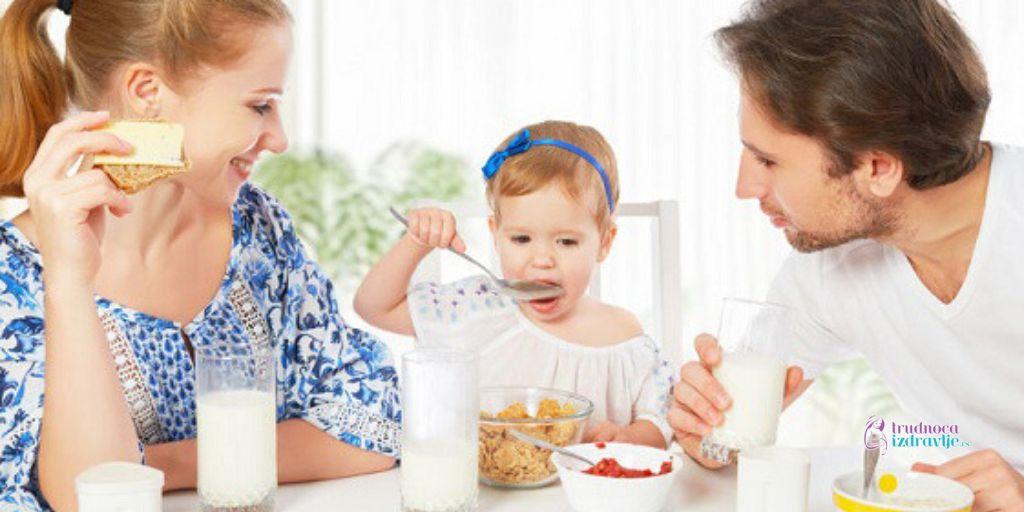 Mleko i mlečni proizodi u ishrani mame posle porođaja koja ne doji