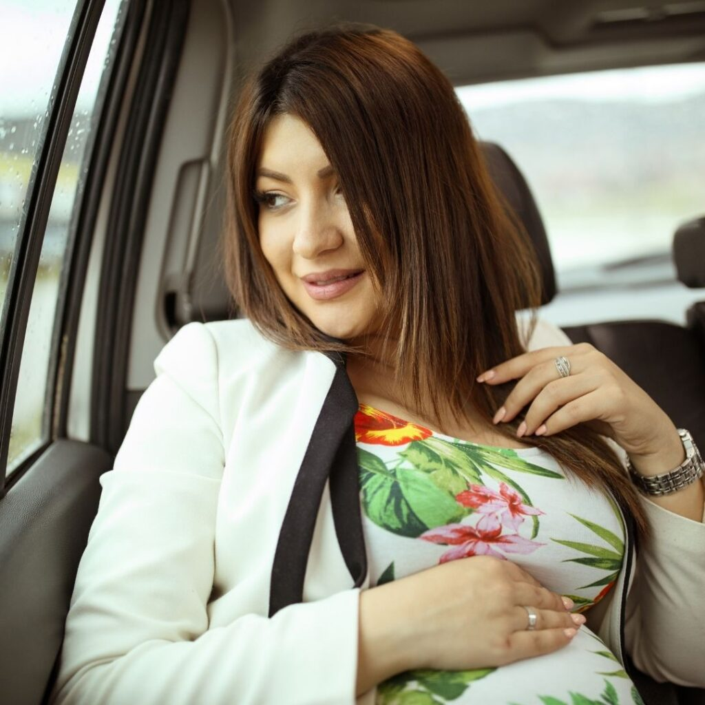 Trudnica putuje na odmor automobilom