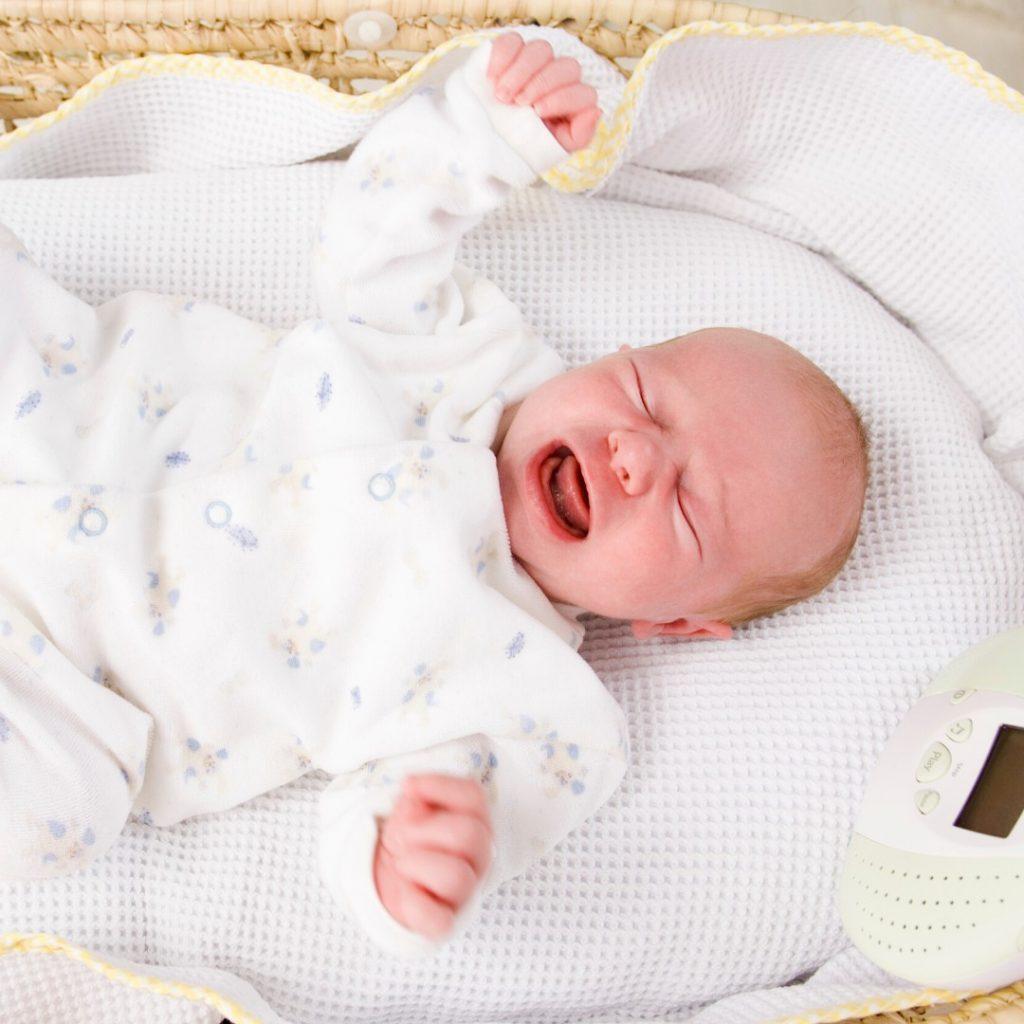 zašto beba plače