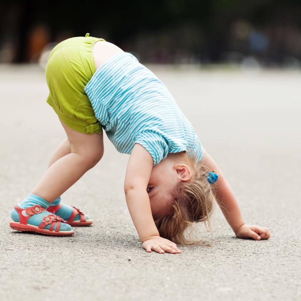 Igre i igračke stimulativne za razvoj dece od 2. do 3. godine