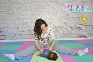yoga-za-mame-i-bebe-protezanje-istezanje-clanak-4