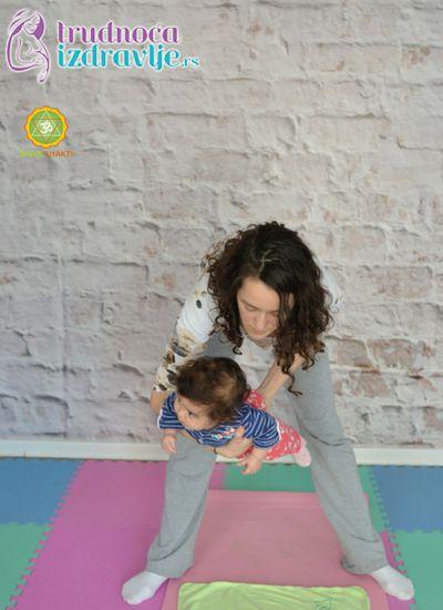 ljuljanje-yoga-za-mame-i-bebe-clanak-2