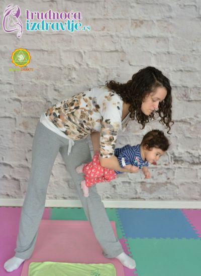 ljuljanje-yoga-za-mame-i-bebe-clanak-3