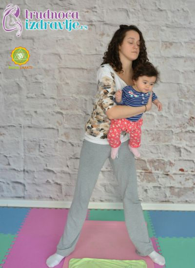 ljuljanje-yoga-za-mame-i-bebe-clanak-4