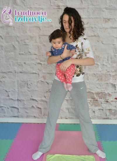 ljuljanje yoga za mame i bebe clanak 5 1
