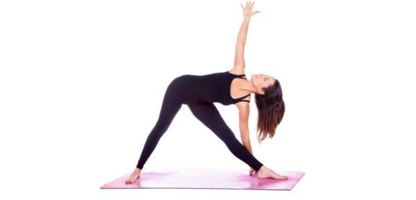 Trikonasana asana yoga za mamu i bebu
