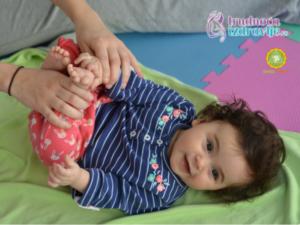 omiljena-bebina-vezba-tap-tap-tap-yoga-za-mamu-i-bebu-clanak-2