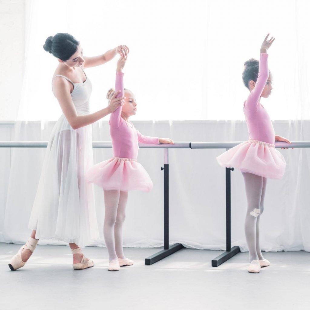 moderan-balet-sjajna-aktivnost-za-vase-dete (4)