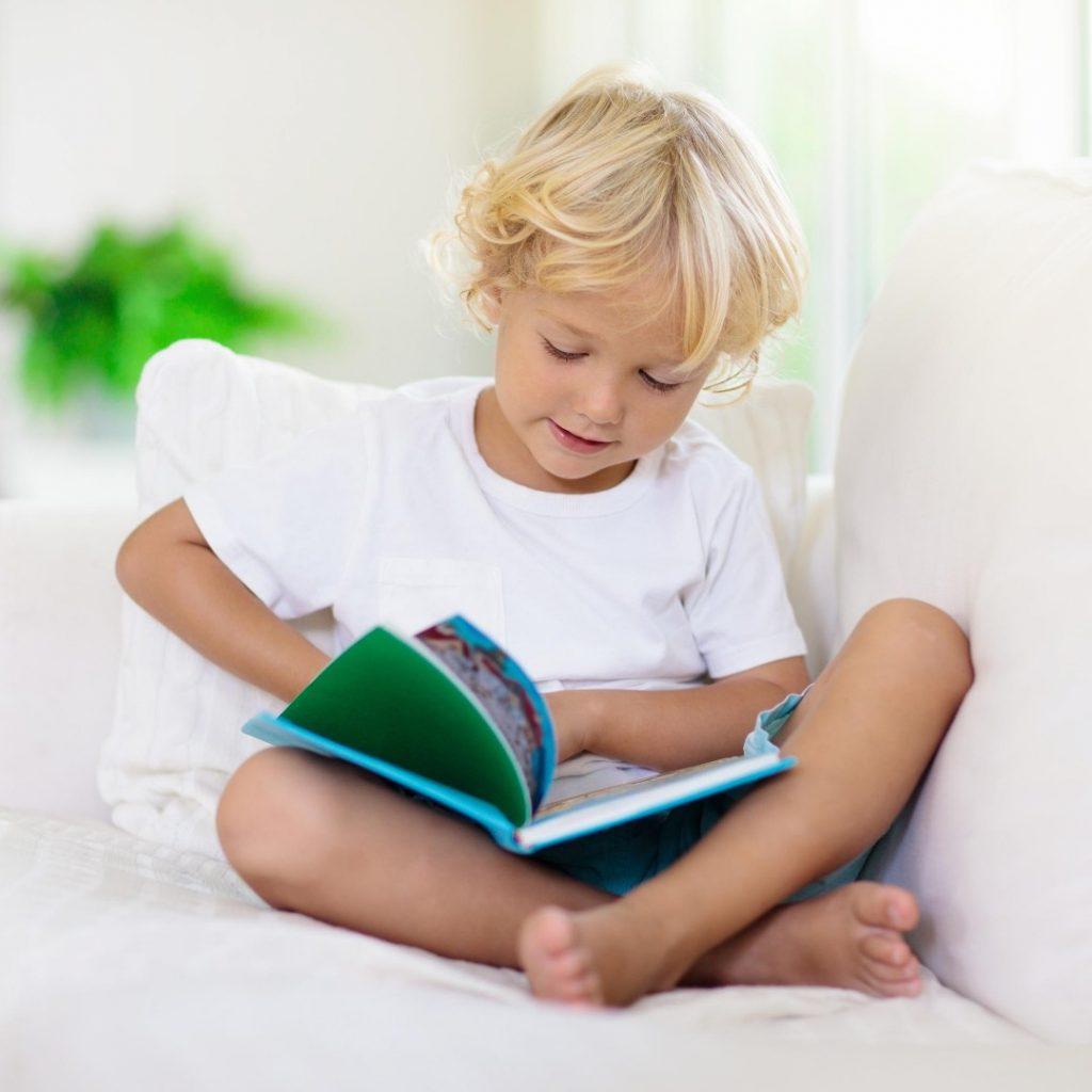 Kako da malo dete za tili čas nauči pesmicu (1)