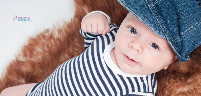 Hipertonus beba