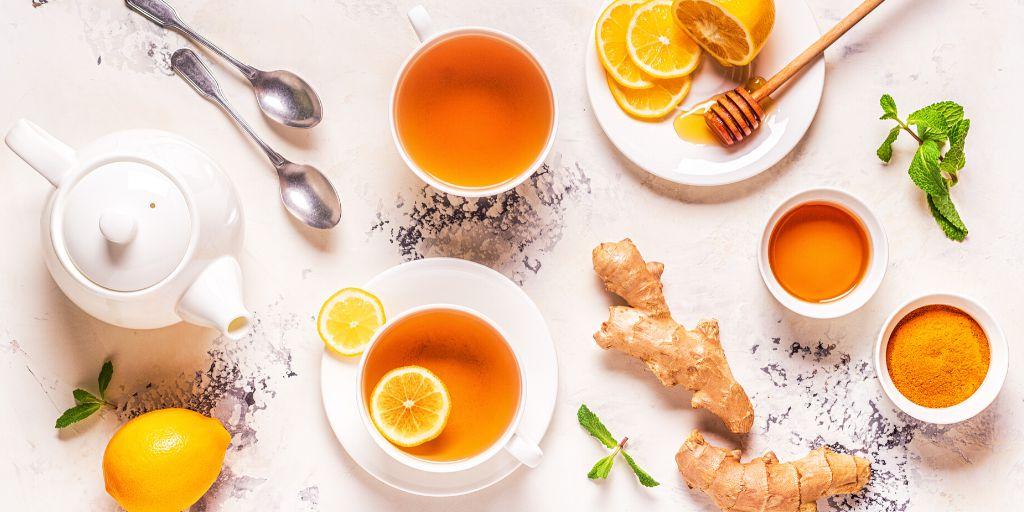Čajevi u periodu oporavka od porođaja i čajevi dok dojite, koji su preporučeni a koji ne?