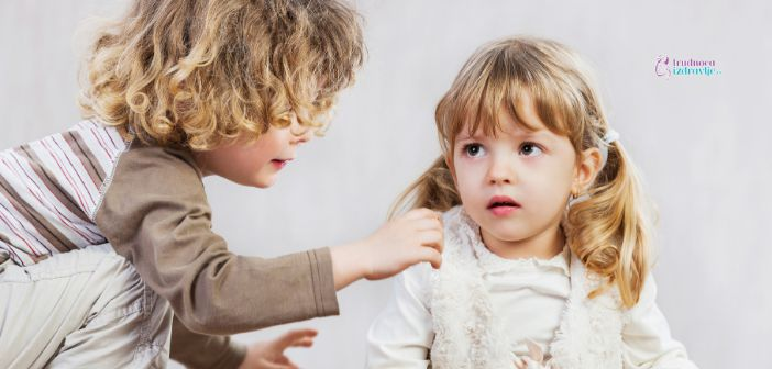 Kako Pomoći Detetu da Stekne Prijatelja