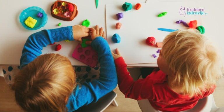 dečija-kreativnost-i-kako-je-motivisati-2-768x384