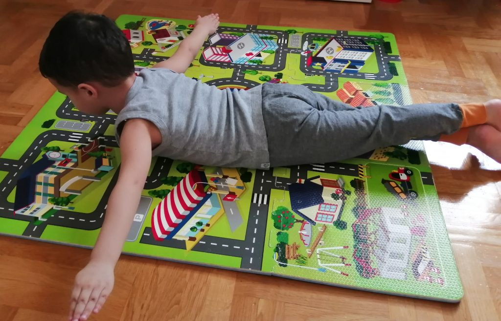 vežbe za kifozu kod male dece (2)