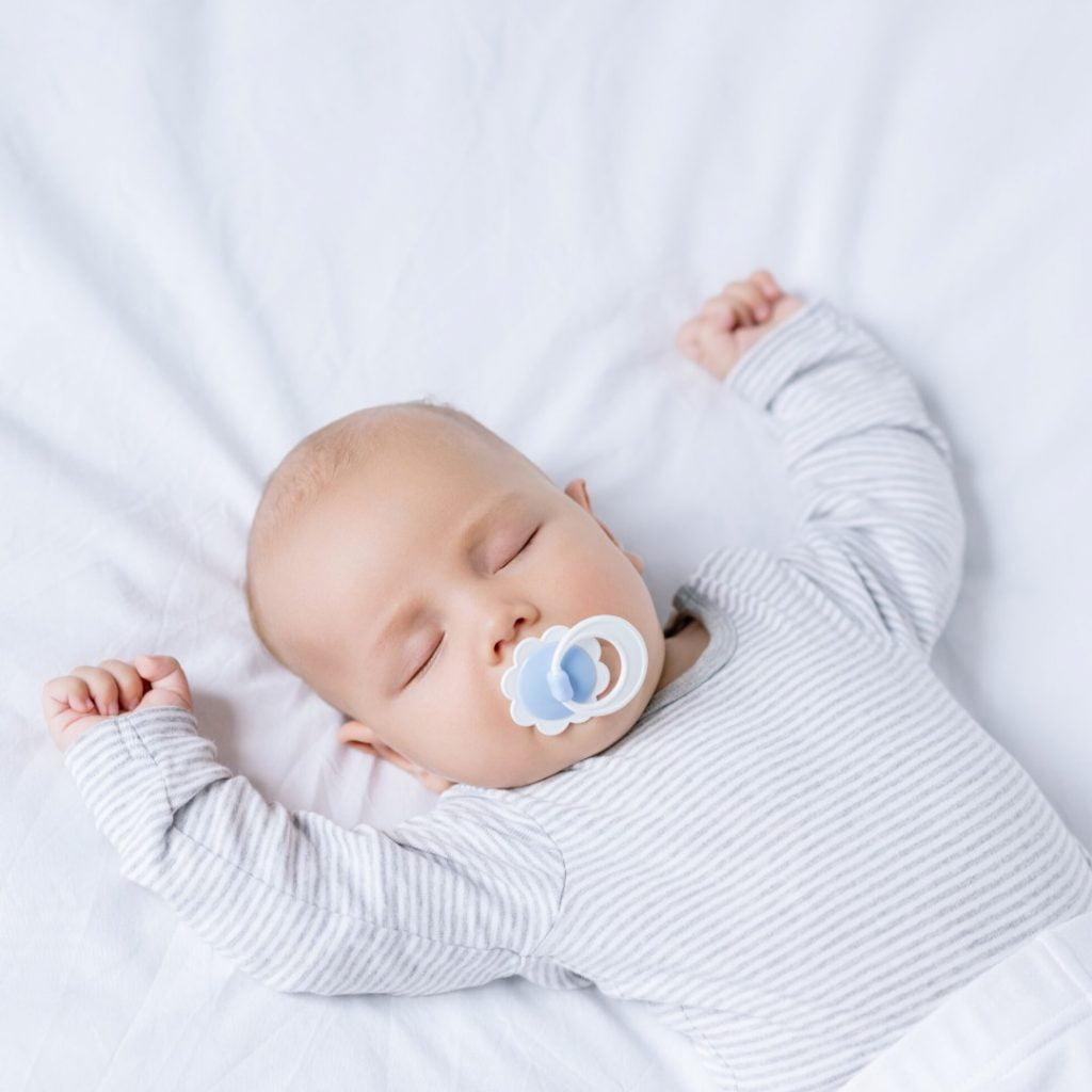 Bebe isključivo dišu na nos!