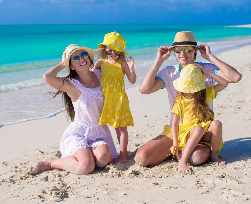Zaštita kože žene na suncu leti i zimi (1)