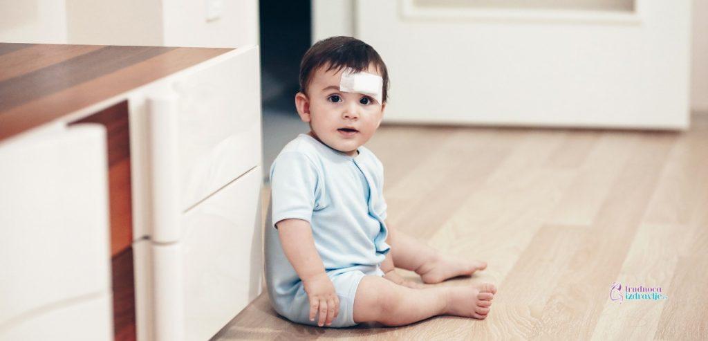 Kutija za prvu pomoć kada imate dete