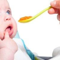 Kako da pravilno hranimo bebu