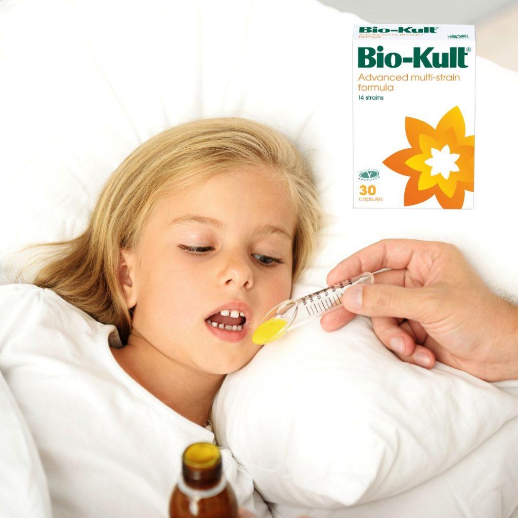 Za uspostavljanje normalne crevne mikroflore kod terapije antibioticima, probiotici.