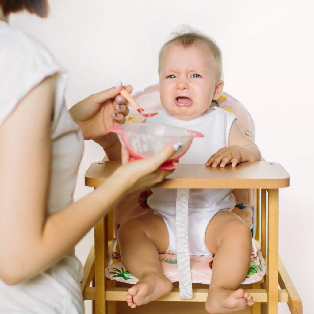 Problemi sa hranjenjem bebe kod uvođenja nemlečne ishrane