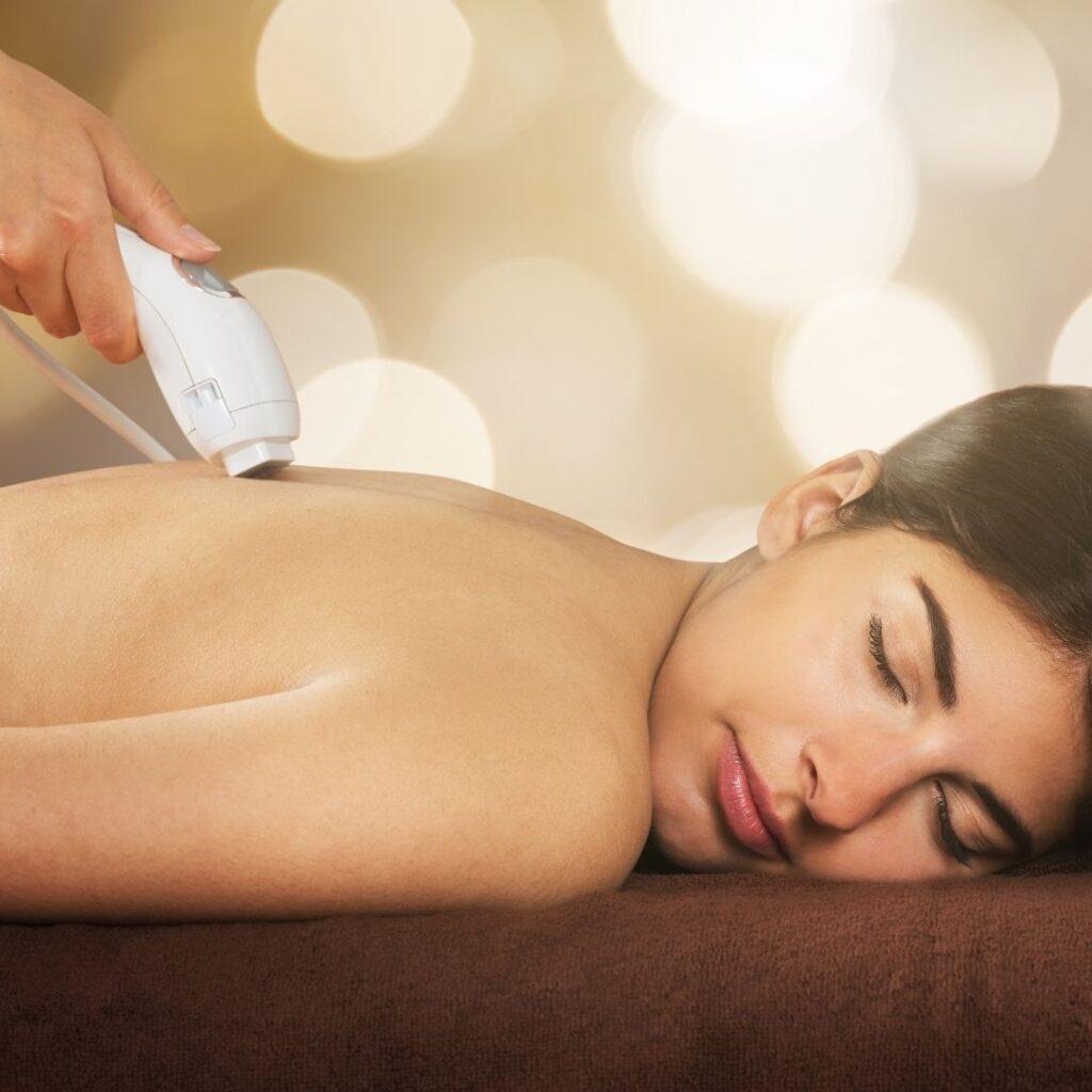 Laserski tretman za uklanjanje oziljaka (epiziotomija, carski rez, oziljci na kozi lica i tela)